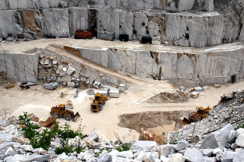 Cheap Granite from the Quarry
