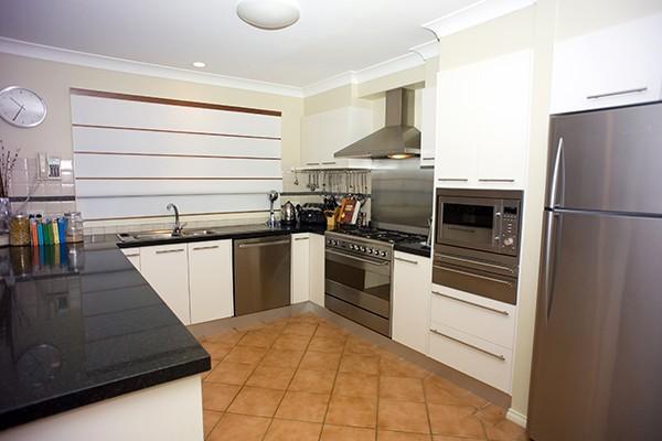 kitchen-fin