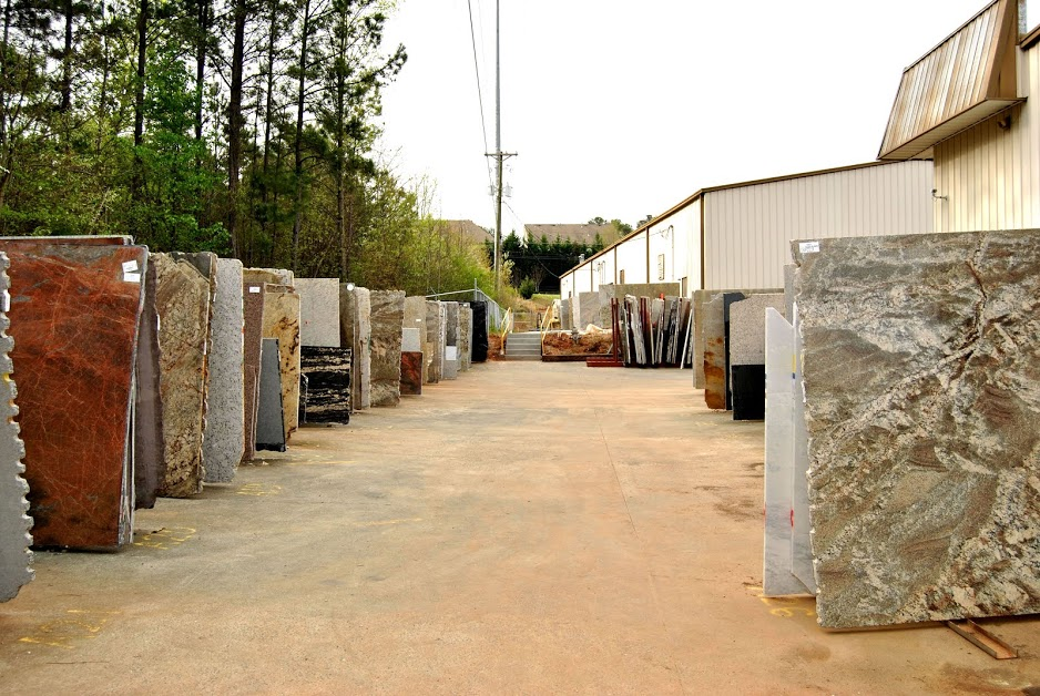 Schedule a Tour of our Slab Yard