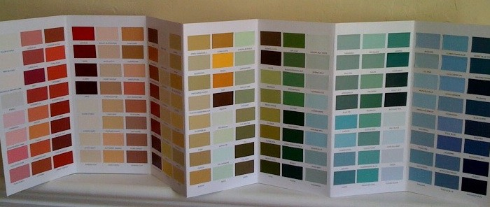 Selecting a different color for your home can be a challenge