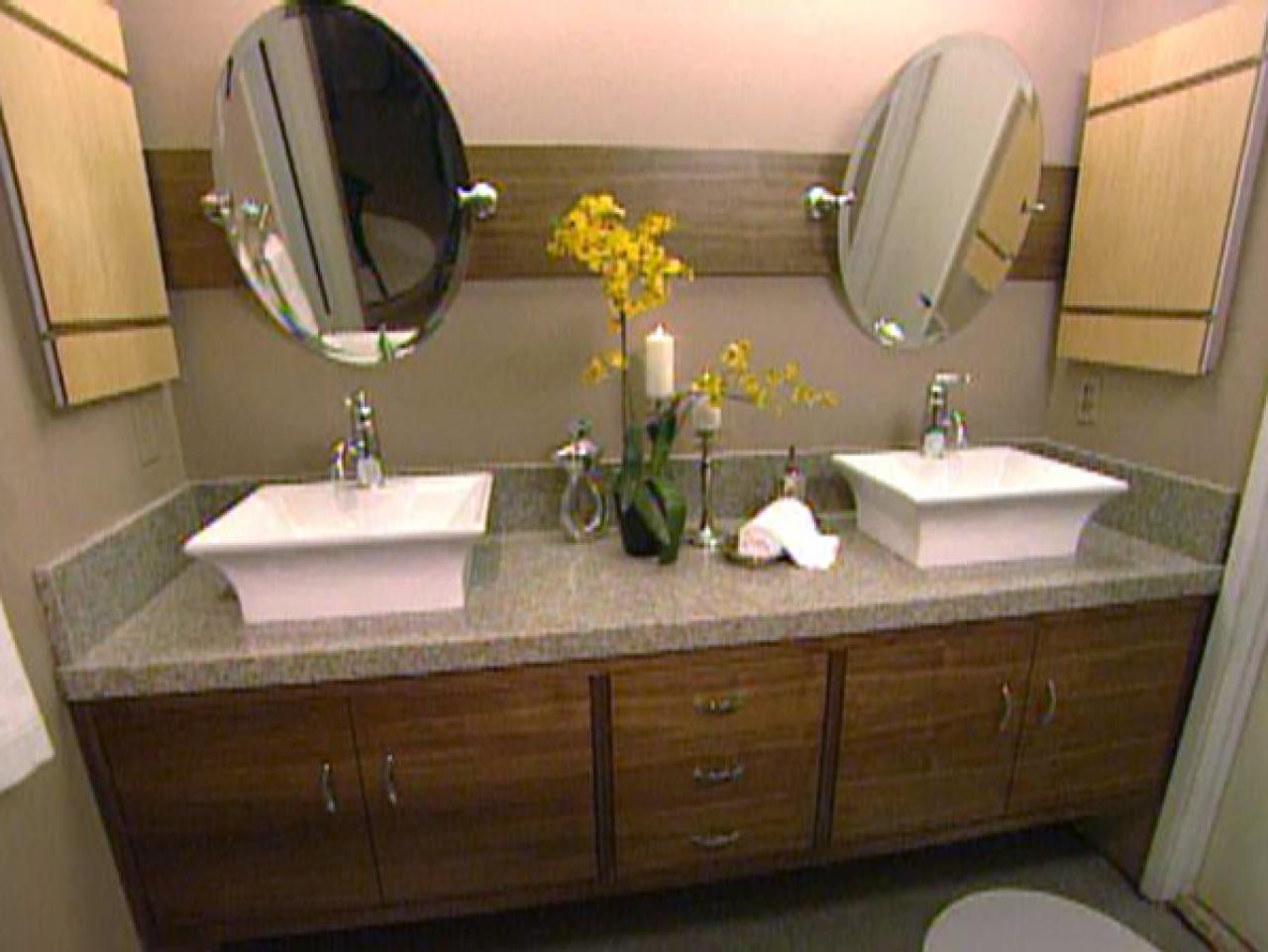 Selecting Bathroom Cabinets