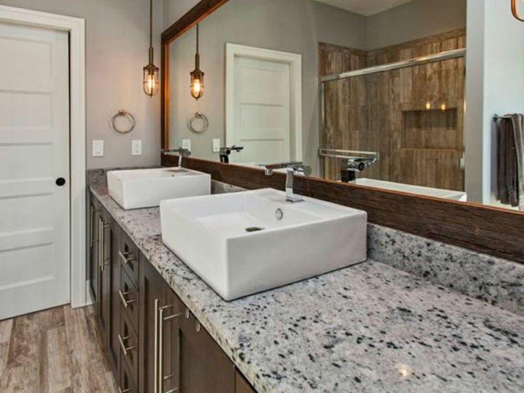 Beautiful Ideas on Granite Vanity Tops for Modern Bathrooms!