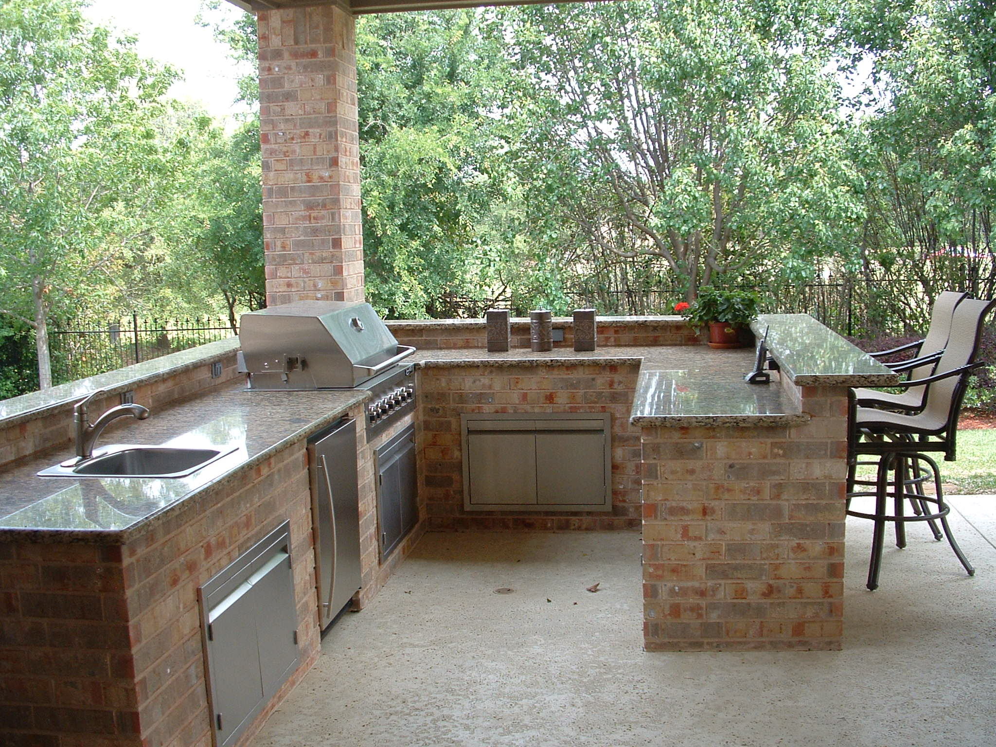 Outdoor Granite Countertop Care
