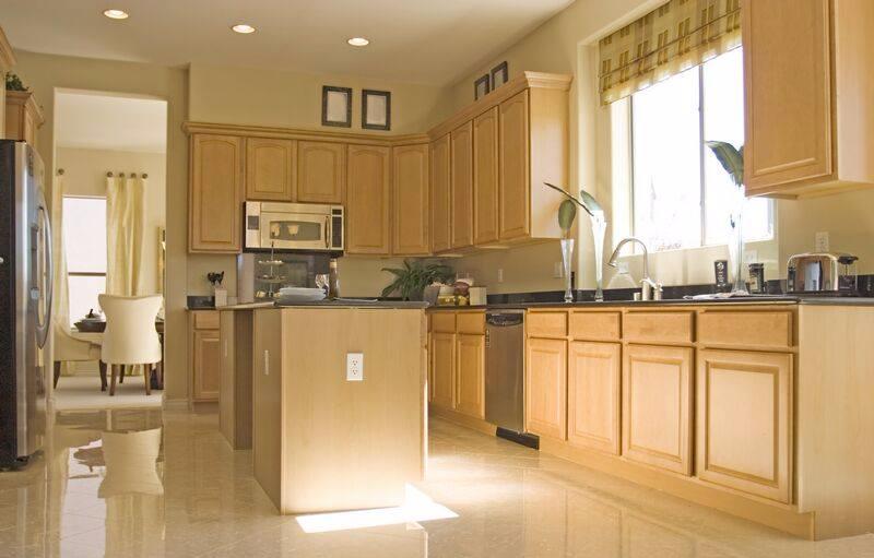Kitchen Ideas: Neutral & Bright Light wood kitchens