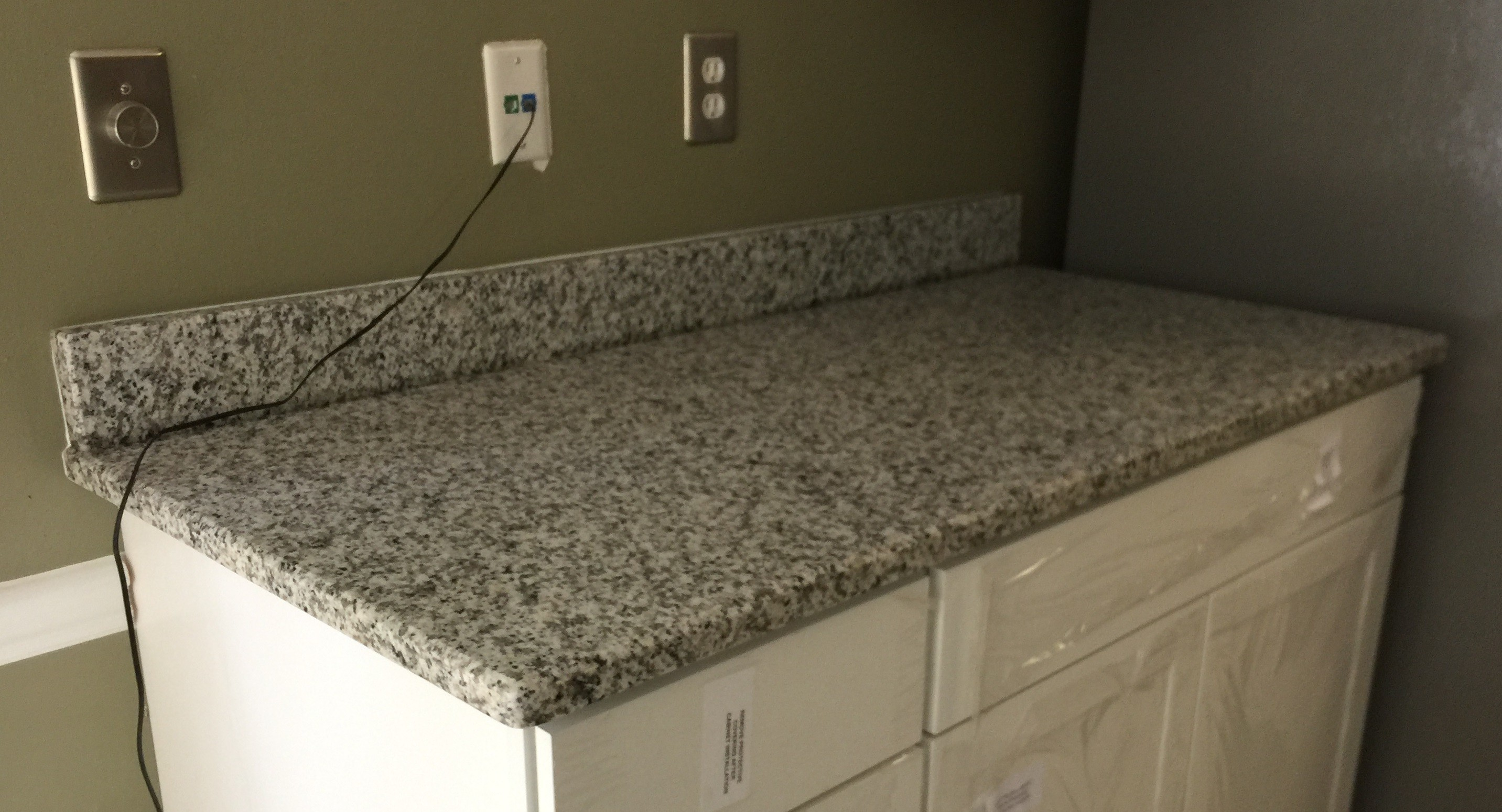Bella White polished countertop