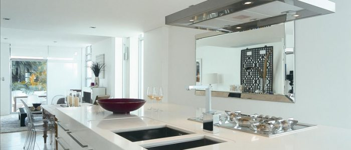 elegant and beautiful white quartz countertops