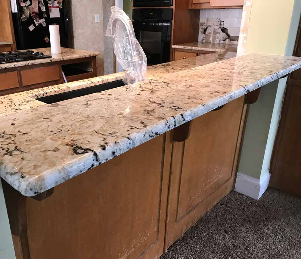 Photo of Hawaii Granite installed in a customer's kitchen.