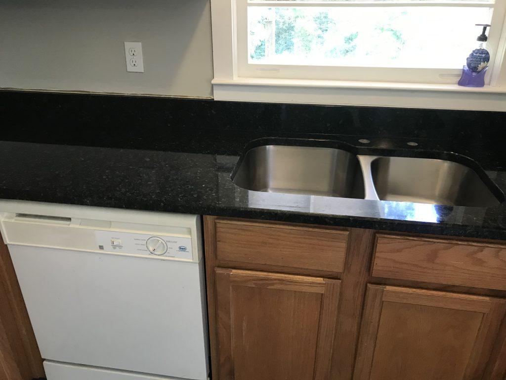 Uba Tuba Granite Kitchen Countertops in Lilburn2