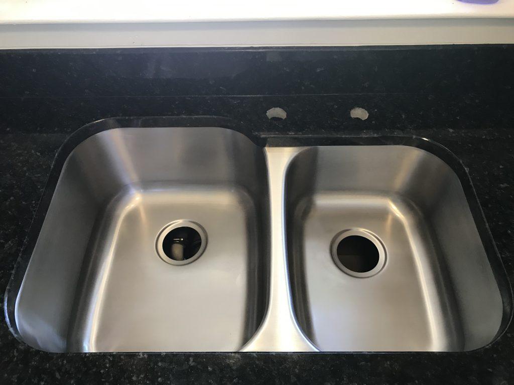 Uba Tuba Granite Kitchen Countertops in Lilburn4